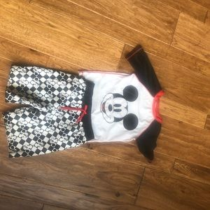 Disney boys 5T Mickey Mouse trunks and swim shirt